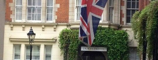 Dukes Hotel is one of Unsere TOP Empfehlungen für London.