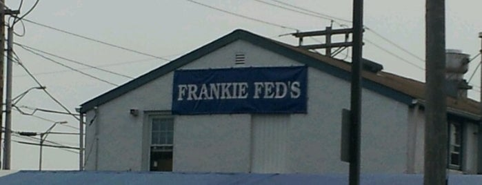 Frankie Fed's Pizza & Pasta House is one of Lizzie 님이 저장한 장소.