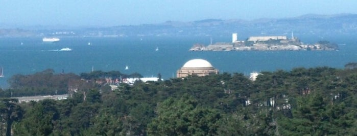 Inspiration Point is one of An Arty Elitist's Guide to San Francisco.
