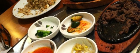 Korean BBQ and Sushi Bar is one of Roniseさんの保存済みスポット.