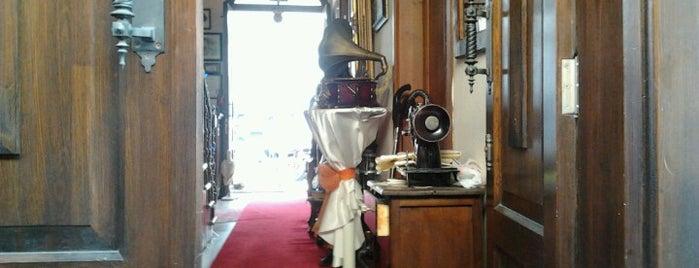 La Fontaine Butik Otel is one of สถานที่ที่บันทึกไว้ของ Ezgi.
