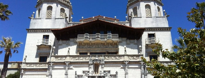Hearst Castle is one of Cali Road Trippin.