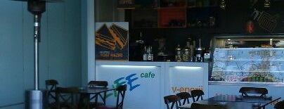 Bayer Life Cafe is one of สถานที่ที่ Can ถูกใจ.