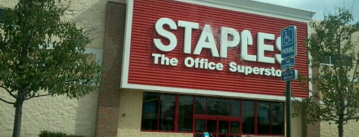 Staples is one of Brittaney : понравившиеся места.