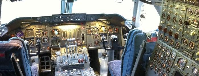Aviodrome is one of Locais curtidos por Eline.