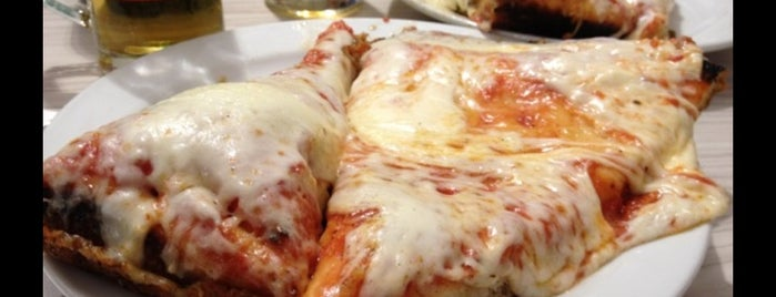 Pizzeria Spontini is one of Vancra 님이 저장한 장소.