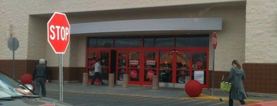 Target is one of Locais curtidos por Karen.