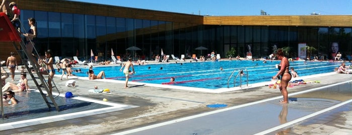 Budaörs Városi Uszoda, Sportcsarnok és Strand is one of Gespeicherte Orte von Deszpot.