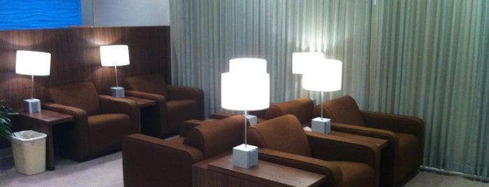 KLM Crown Lounge is one of Heshu 님이 좋아한 장소.