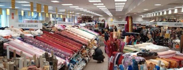 Abakhan Fabrics is one of Anete 님이 좋아한 장소.