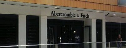 Abercrombie & Fitch is one of Krzysztof 님이 좋아한 장소.