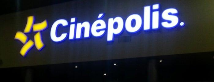 Cinépolis is one of สถานที่ที่บันทึกไว้ของ Mauricio.