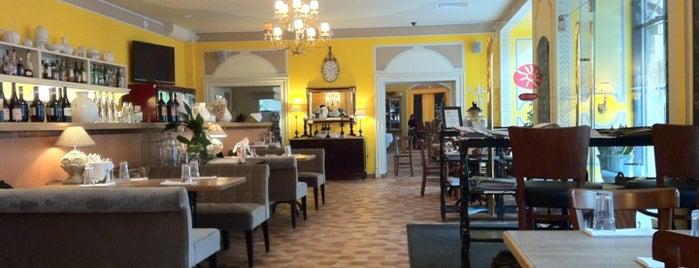Mozzarella Bar is one of Saint Petersburg - The Best! = Peter's Fav's.