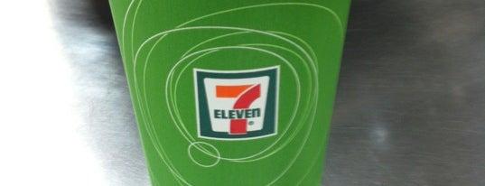 7-Eleven is one of Mallary : понравившиеся места.