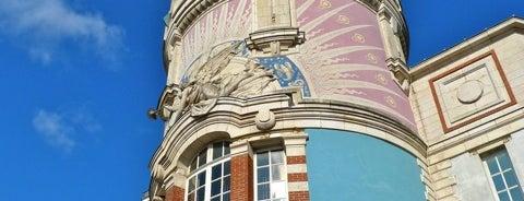 Tour LU is one of Bienvenue en France !.