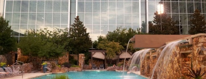 Outdoor Pool - Gaylord Texan is one of Jessica 님이 좋아한 장소.