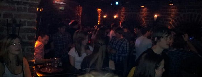 Roonburg is one of Best clubs in Cologne.
