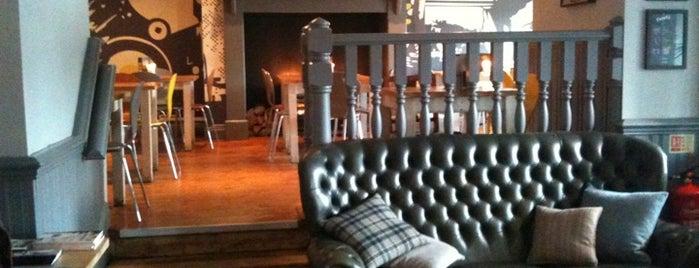 Hamilton's Bar and Kitchen is one of Lugares favoritos de Jason.