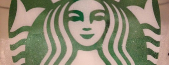 Starbucks is one of Locais curtidos por Antonella.