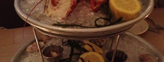 Mermaid Oyster Bar is one of Manhattan Bar.