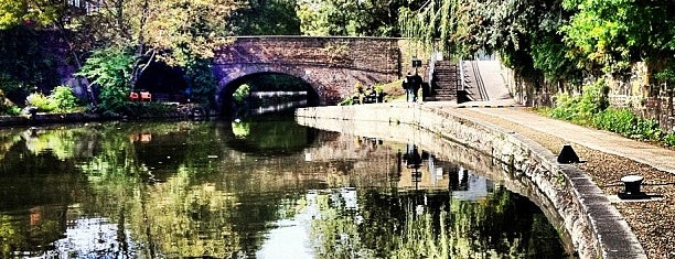Regent's Canal is one of London: To-Do.