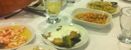 Yalova Restaurant is one of yenilesi.