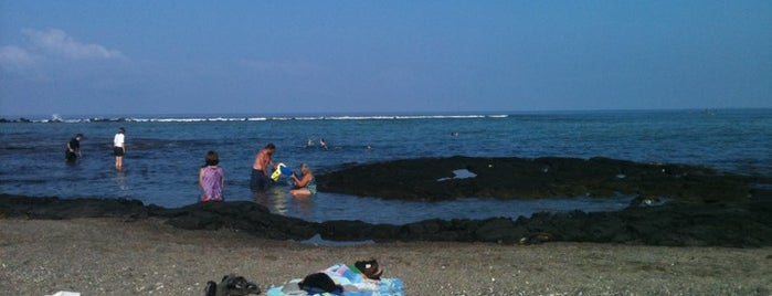 Kahalu'u Beach is one of Enjoy the Big Island like a local.