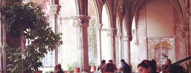 Bar del Convent is one of Breakfast and nice cafes in Barcelona.