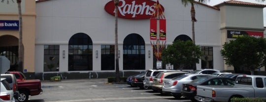 Ralphs is one of Locais curtidos por Ojoe.
