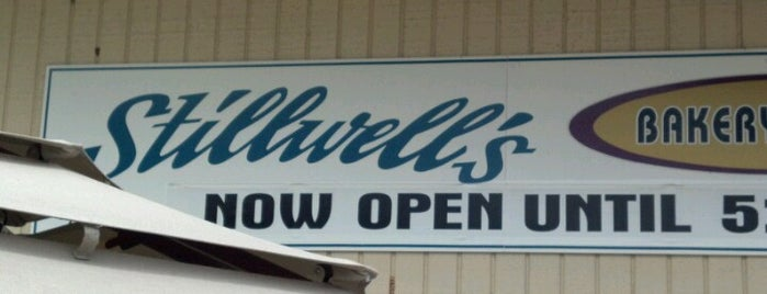 Stillwell's Bakery & Cafe is one of Maui Wowee.