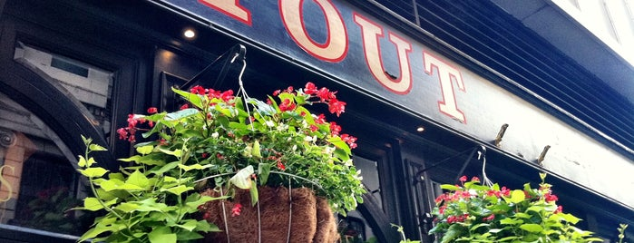 Stout is one of The Best Irish Spots in New York.