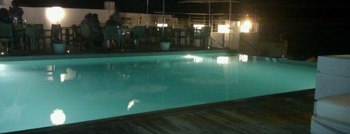 Le Pool Club, The Sindbad is one of Najla'nın Kaydettiği Mekanlar.
