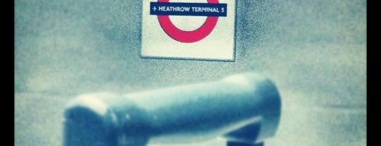 Estacion Heathrow, Terminal 5 is one of Railway stations visited.