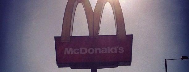 McDonald's is one of Posti che sono piaciuti a Barry.