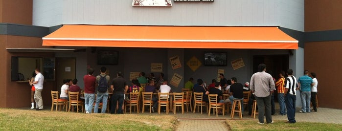 Hooters is one of Heredia.