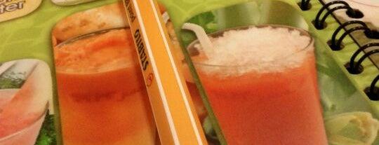 MM Juice & Restaurant is one of สถานที่ที่ Pinky ถูกใจ.