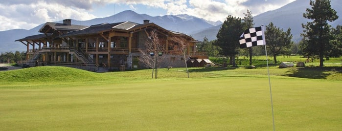 Pirin Golf & Country Club is one of Locais curtidos por Boyana.