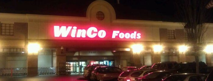 WinCo Foods is one of Orte, die Jennifer gefallen.