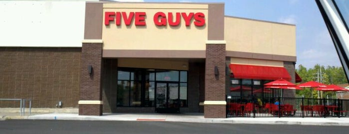 Five Guys is one of Posti che sono piaciuti a kaMumbi.