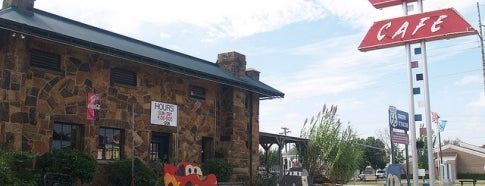 Rock Cafe is one of Route 66.