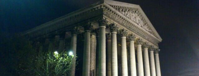 Église de la Madeleine is one of  Paris Sightseeing .