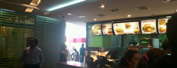 McDonald's is one of Pubs, Bares, Restaurant, Resto Bar y Discoteque..