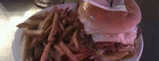 Fred's Texas Cafes is one of * Gr8 Burgers—Juicy 1s In The Dallas/Ft Worth Area.