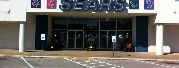 Sears Hometown Store - Closed is one of Tempat yang Disukai Devin.