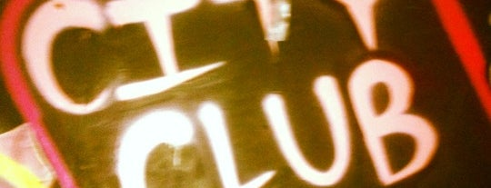 City Club is one of Lieux qui ont plu à Josh.