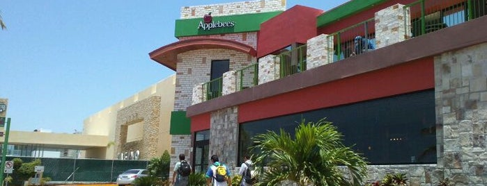 Applebee's is one of México.