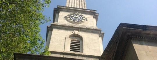 St. Luke's Church Gardens is one of สถานที่ที่ David ถูกใจ.