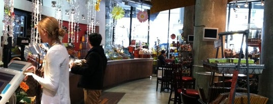 Jacques Torres Chocolate is one of Dessert Stops.