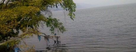 Danau Singkarak is one of The Wonders of Indonesia.