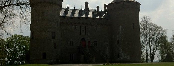 Château de Combourg is one of Châteaux de France.